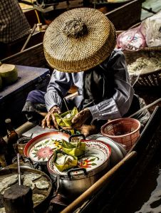 Thai floating mkt