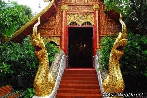 wat-phra-kaew_chiang rai